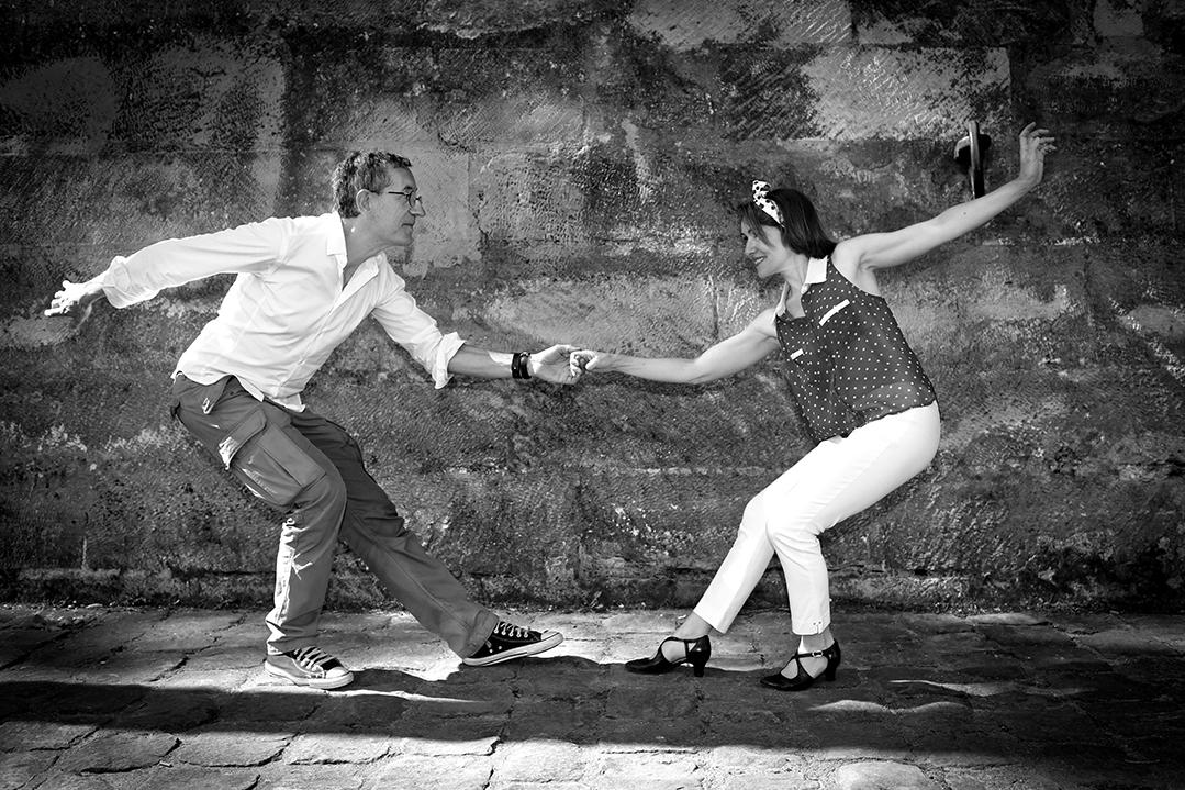 Manuel et véronique dansent le lindy hop